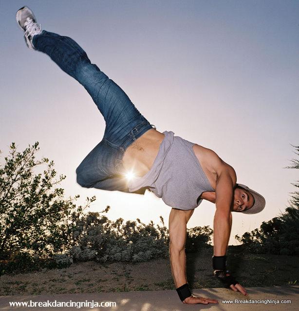 breakdancing_air_swipe_jpg_jpg_fs